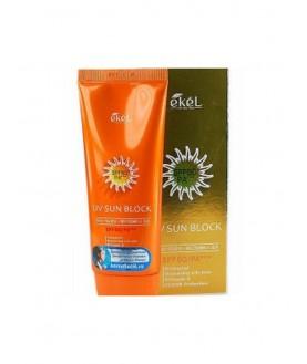 EKEL  Солнцезащитный крем с экстрактом алоэ и витамином Е UV Sun Block SPF50/PA+++ 18,9